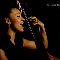 Esperanza Spalding : Junio